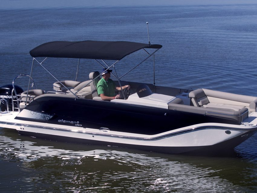 BAYLINER ELEMENT XR 7